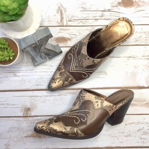 Rampage Rilley bronze snake toe western mules